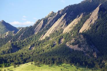Sunrise over the Flatirons in Boulder Colorado.  [url=http://www.istockphoto.com/file_search.php?action=file&lightboxID=3280315][img]http://stock.klausphotos.com/Denver_banner.jpg[/img][/url] [url=http://www.istockphoto.com/file_search.php?action=file&lightboxID=4171736][img]http://stock.klausphotos.com/LandscapeBanner.jpg[/img][/url]